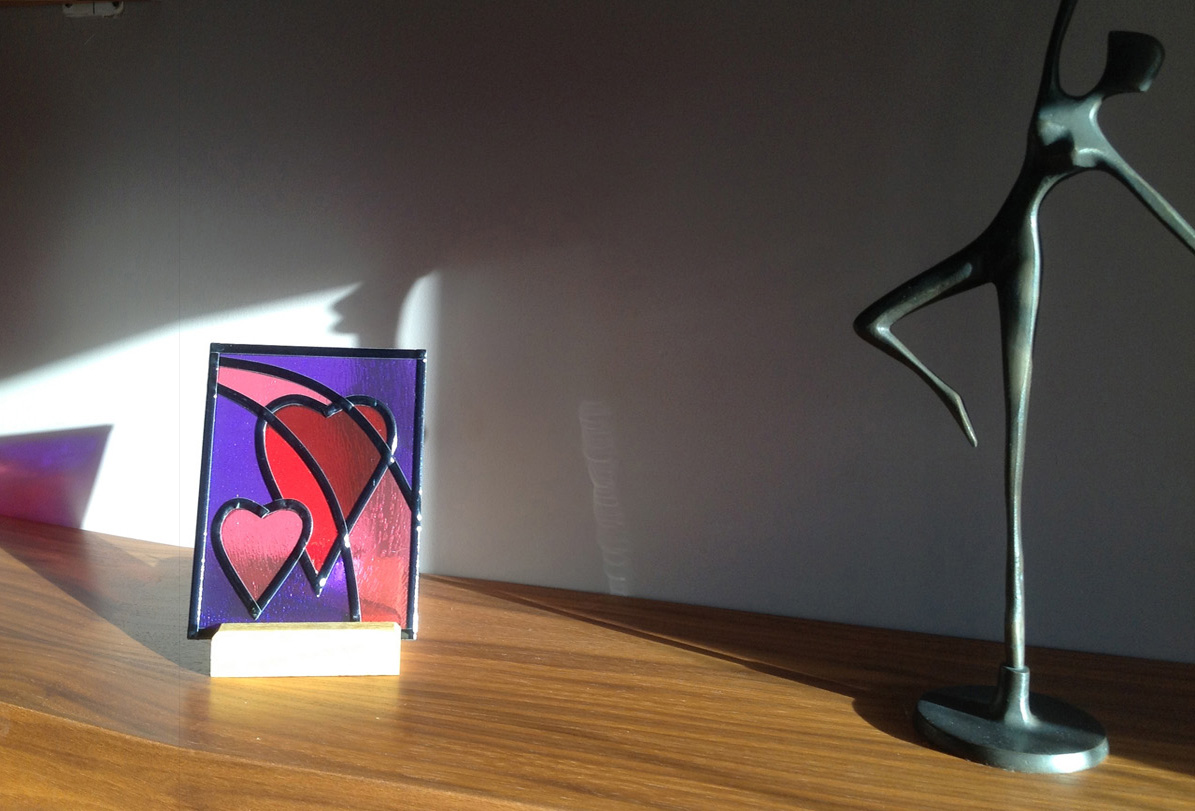 Stained glass heart tea-light